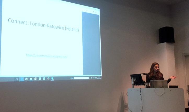 Oksana introduces the project, at Chelsea College of Arts, London. Photo credit Kelise Franclemont.